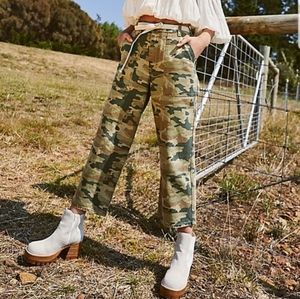 NWT Free People Remy Camo Printed Jeans